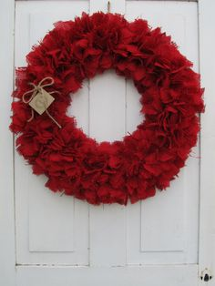 Red Burlap Wreath.  Make This for the Holidays!