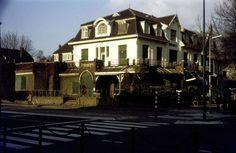 Dordrecht<br />Dordrecht: Hotel Ponsen aan de Stationsweg dichtgetimmerd en klaar voor de sloop in 1979