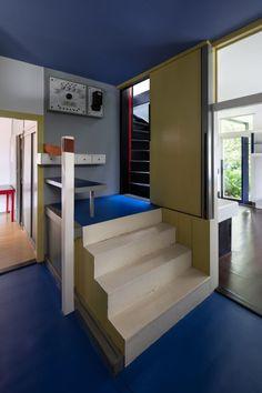 Gerrit Rietveld . Schröder House . Utrecht (8)