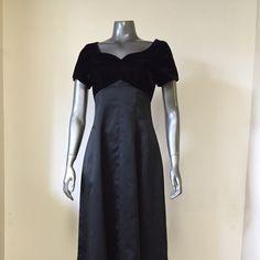 Vintage 8's Formal Baby Doll Sweep Dress Satin floor length dkirt and attached velvet/la voure form bust with heart shape collar! Romantic Vintage Dresses
