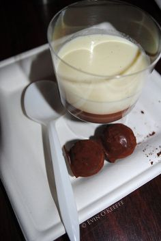 Related blog post: evinok.net/?p=194 about the Cork Gourmet Trail (July 2011)    Two-chocolate dessert with cherry truffles from Chilled beet root soup and seafood ball and scampi with sauces from Rising Tide (Glounthaune, Cork City)    0004©