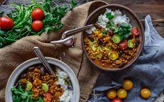 Kidney Bean and Lentil Curry [Vegan, Gluten-Free] - One Green PlanetOne Green Planet Vegan Curry, Lentil Curry, Lentil Recipes, Vegan Recipes, Vegan Food, Free Recipes, Bean And Vegetable Soup, Bean Burger, Vegane Rezepte