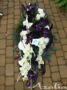 Vence, Funeral Flowers, Floral Wreath, Wreaths, Decor, Church Flower Arrangements, Artificial Flowers, Nice Asses, Decoration