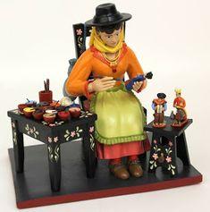 A Matéria do Tempo: Os bonecos de Estremoz são Património da Humanidade Fun Art, Cool Art, Portugal, Arte Popular, Masks, Painting, Pinterest Decorating, Loom Animals, Boy Doll