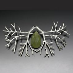 Sarah HOOD - Double tree brooch in sterling silver with jade - 380 $
