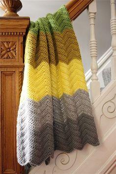 @ The Sweeter Side of Mommyhood » Free pattern for Large Stripe Chevron Blanket