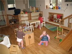 Infant Toddler Environment in the UK.    http://www.wharfedalemontessori.co.uk/?page_id=9