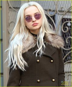 dove cameron lavendar hair next excl errands 01 Cameron Hair, Dove And Thomas, Isabelle Drummond, Dove Cameron Style, Girlie Style, Cameron Boyce, Celebs, Celebrities, Sabrina Carpenter