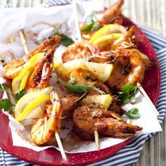"""The combination of beautiful colours & magnificent flavours makes this dish perfect for ANY """"kuier"""" ツ Braai Recipes, Prawn Shrimp, Fennel, Kung Pao Chicken, Chicken Wings, Seafood, Curry, Appetizers, Yummy Food"""