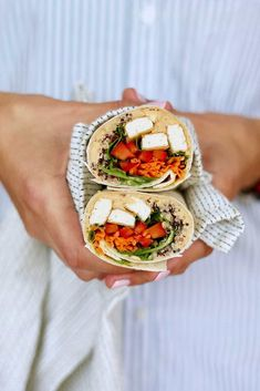 These Spicy Vegan Wraps are one of my favourite things to make for packed lunch. They're super easy to make, are packed with healthy fillings like tofu, spicy hummus, quinoa, and lots of vegetables. You can make a big batch on the weekend and eat these hummus wraps all week long! #vegan #veganwraps #spicy #hummus #plantbased #recipe #vegetarian #heynutritionlady #lunch My Favorite Food, Favorite Recipes, Spicy Hummus, Hummus Wrap, Vegan Wraps, Tasty Vegetarian Recipes, Vegan Main Dishes, Tofu, Tempeh