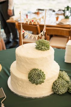 A Glamping Themed Yellow and Green Wedding