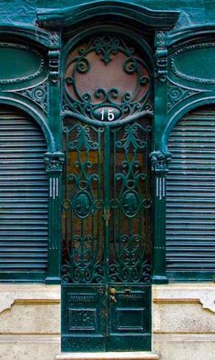 Number 15 … ♅ Detailed Doors to Drool Over ♅ art photographs of door knockers, hardware & portals - Lisbon, Portugal Grand Entrance, Entrance Doors, Doorway, Front Doors, Cool Doors, Unique Doors, Door Knockers, Door Knobs, Porches