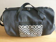 Sac de sport Maxi bag : Sacs bandoulière par sewing-couture Couture, Yoga Fitness, Diaper Bag, Etsy, Vintage, Sports, Leather, Fashion, Duffel Bag