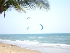 Couples seeking a thrill while on honeymoon will enjoy kite surfing: Sky, Pranburi Beach, Thailand