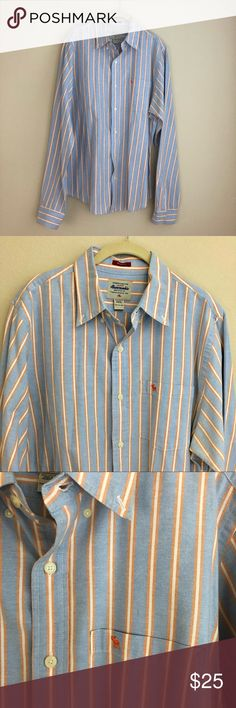 """Men's Abercrombie & Fitch Muscle Button Down Abercrombie & Fitch muscle button down. 100% cotton. Length 29 1/2"""", chest (pit to pit) 23"""", sleeve length 38"""", neck 16"""". Machine wash. In excellent condition. Small iron mark on chest - see pictures. Abercrombie & Fitch Shirts Casual Button Down Shirts"""