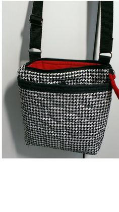 Houndstooth quilted crossbody purse, Alabama zippered purse, small messenger purse, Ipad tablet tote bag