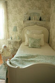 Soft Green Toile Gives This Guest Room A Soothing, Restful Look. From Aiken  House