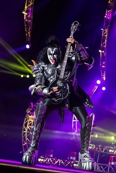 Rock Posters, Band Posters, Concert Posters, Heavy Metal, Heavy Rock, Paul Stanley, Rock And Roll Bands, Rock N Roll, Banda Kiss