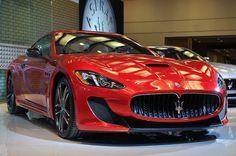 Maserati chiude positivamente il primo semestre  Primo semestre positivo e soddisfacente per Maserati, le cui vendite mostrano risultati di consolidamento ininterrotto. Il Tridente ha fatto segnare +13% nei primi sei mesi del 2015 e 778 vetture immatricolate nella sola Italia, rispetto al medesimo periodo del 2014. Di queste ultime sono 137 le...