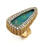 Funky gold ring