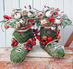 Купить Композиция Снеговики - зеленый, снеговик, зимний декор, украшение дома, декор лестницы, подарок