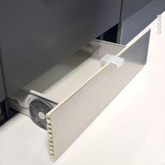 Achetez votre Tiroir sous plinthe pour meuble de cuisine L60 cm. Livraison Rapide. Garantie 15 ans. Satisfait ou remboursé ! Tiroir au meilleur prix.