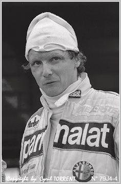 #Niki Lauda   photo Cyril Torrent Car And Driver, Photo Studio, F1, Portraits, Cars, Vehicles, Autos, Portrait Paintings, Photography Studios