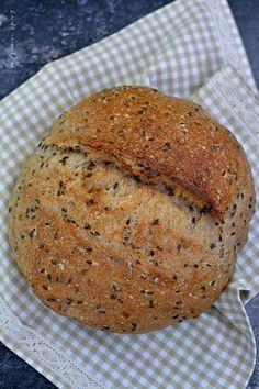 Pâine cu maia coaptă în oală Doughnuts, Bread Recipes, Banana Bread, Pizza, Gluten Free, Desserts, Food, Breads, Crafts