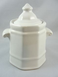 "Pfaltzgraff HERITAGE WHITE Sugar Bowl with Lid 4 1/8""  USA #Pfaltzgraff"