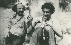 Bódy Gábor filmrendező élete és halála ma is sokakat foglalkoztat. Barátai, tisztelői, szerettei közül sokan nem hiszik el, hogy a nagyszerű művész, aki tele volt tervekkel, s aki katolikus volt, öngyilkos lett. Bódynak nemsokára retrospektív életmű-kiállítása nyílik Berlinben és Karls Tough Guy, Film Director, Filmmaking, Berlin, Che Guevara, All About Time, Guys, Snake, Action