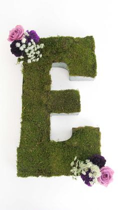 DIY Moss Letter Tutorial | #bloomsbythebox #ceremony #decor #decoration #decorations #DIY #doityourself #howto #moss #mossletter #project #reception #tutorial | diy moss letter tutorial