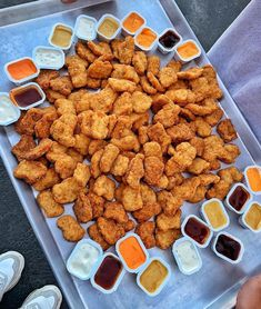 Last Minute price of chicken nuggets and get cooking like a pro. - Last Minute price of chicken nuggets and get cooking like a pro. I Love Food, Good Food, Yummy Food, Healthy Food, Healthy Fruits, Tasty, Sleepover Food, Fun Sleepover Ideas, Chicken Nugget Recipes