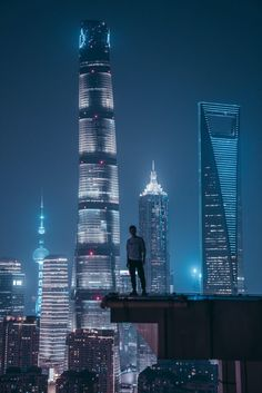 black haired woman in black coat staring at building during daytime photo – Free People Image on Unsplash Night Aesthetic, City Aesthetic, Modern Assassin, Tokyo City, Cyberpunk City, Life Is A Journey, Cute Wallpaper Backgrounds, Night City, Future City
