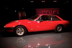 Ferrari 365 GT4 2+2 Museo