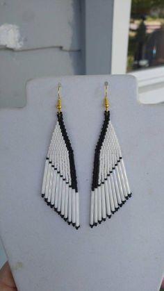 Beau Style amérindien perlé blanc & noirs boucles doreilles | Etsy