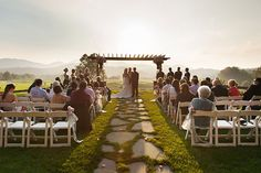 Brasstown-Valley-Outdoor-Wedding-Venue-Georgia-Wedding-Venues-Sunet-Terrace