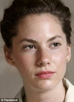Audrey Hepburn's granddaughter Emma Ferrer channels her chic relative at Fashion… Audrey Hepburn, Emma Ferrer, Florence Academy Of Art, Student Picture, Fashion Bible, Thick Eyebrows, Richard Avedon, She Movie, Fair Lady