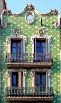 By Arnim Schultz. Barcelona - Creu Coberta 115 b | Flickr - Photo Sharing!