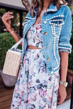 Outfit with light blue jackets of the brand Iorane Spring Fashion Outfits, Summer Outfits, Sunday Brunch Outfit, Diy Clothes, Ideias Fashion, Stylish, Fashion Trends, Fashion News, Afternoon Tea