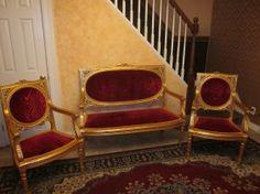 19.C Louis XVI Gilt Wood Set : Lot 83