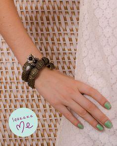 Bracelete Coruja Strass  http://www.squeezeme.com.br/detalhes.asp?idproduto=19869