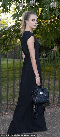 Cara Delevingne (with Mulberry bag) - At the Serpentine Gallery Summer Party in London. Star Fashion, High Fashion, Daisy Lowe, Marianne Faithfull, Jamie Campbell, Lulu Guinness, Cara Delevingne, Black Backpack, Dresses For Work