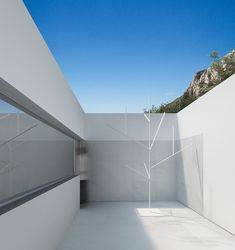 Modern House in Los Angeles Built by Fran Silvestre