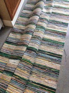 Vantaan Kutojat ry Best Carpet, Tear, Recycled Fabric, Woven Rug, Rug Making, Printing On Fabric, Needlework, Bohemian Rug, Area Rugs