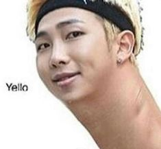 You text a friend but accidentally get one digit in the number wrong … # Fanfictie # amreading # books # wattpad Bts Meme Faces, Funny Faces, K Pop, Texting Story, Bts Face, Bts Memes Hilarious, Funny Texts, Funny Videos, Bts Reactions