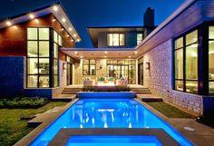 Cat Mountain Residence by Cornerstone Architects Esta casa ubicada en Austin-Texas, fue diseñada por los arquitectos de Cornerstone. La concepción del nuev