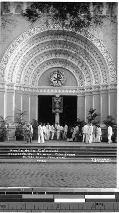 Entrance to cathedral, Philippines, 1929 Philippines Culture, Manila Philippines, Philippine Architecture, Mahal Kita, Intramuros, Waves Wallpaper, Filipino Culture, Vigan, Filipiniana