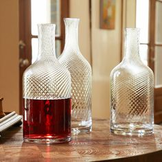 Decanter vs Carafe? That Is The Question! (*Strong red wines should aerate well before being served, but whites do not need to be. So, if you're in a rush serve whites first and let the red do some breathing!)