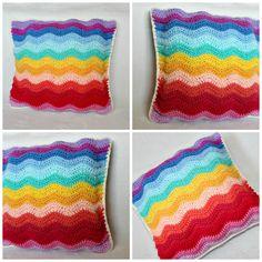 Wool and Stitch: Ripple Cushion - Free Crochet Pattern