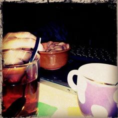 "@xaviml's photo: ""Berenar per dos #tassimo #nuriaminixoco #birba"""